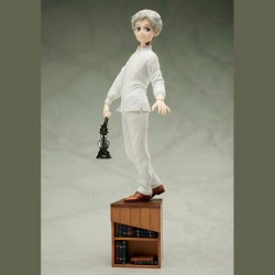 Yakusoku no Neverland Statue 1/8 Norman Figure