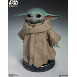 The Mandalorian (Star Wars): The Child / Baby Yoda Life-Size Statue